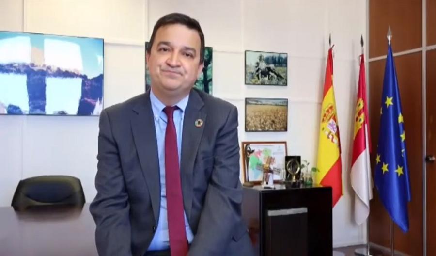 El consejero de Agricultura de C-LM, Francisco Martínez Arroyo clausura la gala