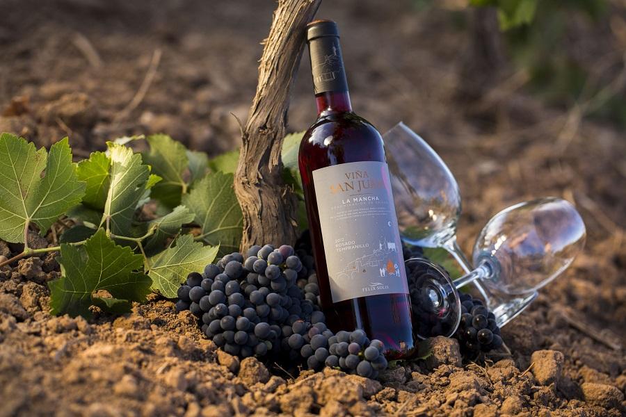 'Viña San Juan' un vino de Félix Solís, bajo la D.O. La Mancha